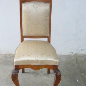 sedia antica rivestita in seta